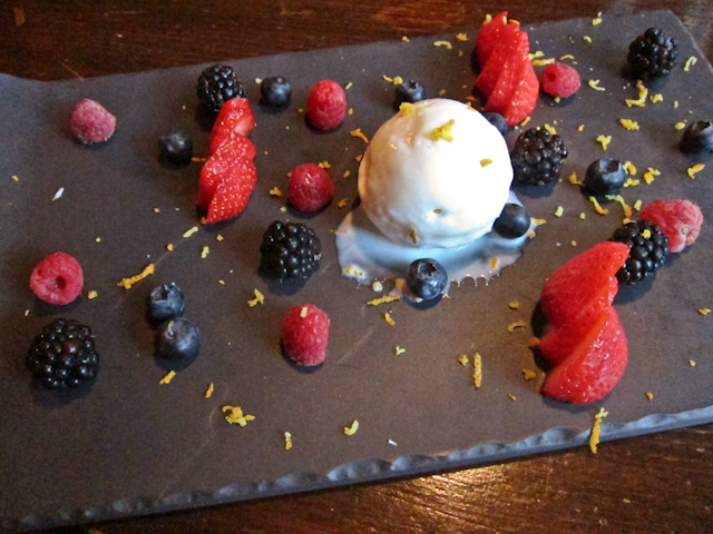 The Windsor Castle Kensington - English berries with yoghurt sorbet